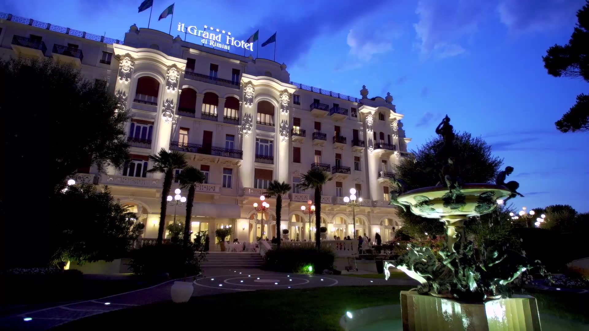 5 Star Luxury Hotel In Italy Grand Hotel Rimini With Private Beach